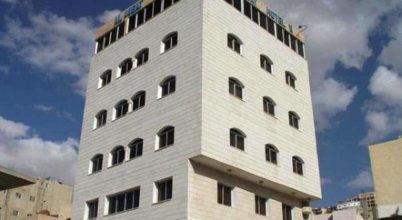 Отель AL ANBAT MIDTOWN