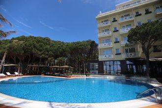 Отель VM Resort & Spa
