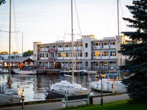 Отель Клуб Водник