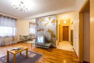 Апартаменты DayFlat на Трехсвятительской 3