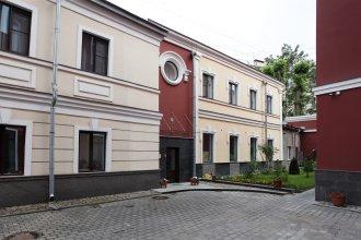 Мини-Отель Петровский Двор