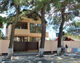 Гостевой дом На Островского 52