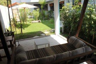 Отель Cerulean View Residence