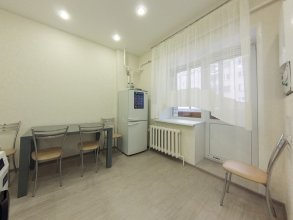 Апартаменты на Маршала Жукова 20