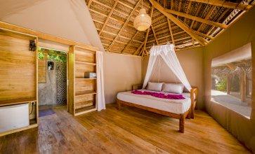 Отель Jungle Beach Camp Ahungalla