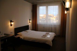 Гостевой Дом Zzz Lviv Rooms