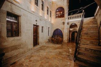 Отель Royal Cave