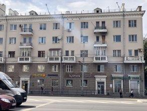 Двухкомнатные апартаменты с видом на озеро (центр)
