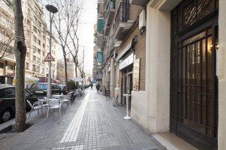 Апартаменты Golden Sagrada Familia