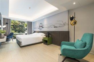Отель Maitria Rama 9 Bangkok - A Chatrium Collection