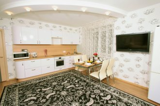 Balaram Apartment на площади Калинина на ул. Овражная 10