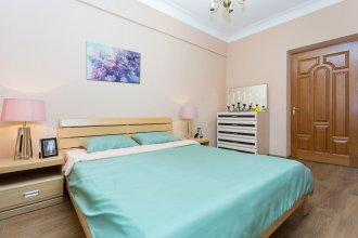 Апартаменты с балконом Карла Маркса 36