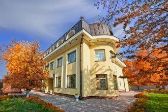 Отель Нефтяник на Толстого