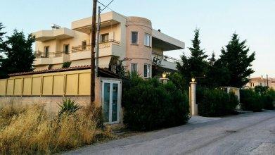 Гостевой дом Metropolitan Home-Ideal Location Near The Beach