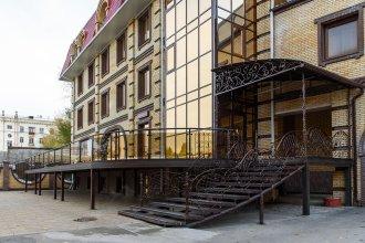 Отель Aura CityHotel