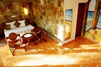 Отель Amarit