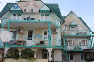 Гостевой Дом С Дельфинами