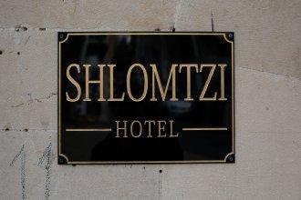 Отель Shlomtzi