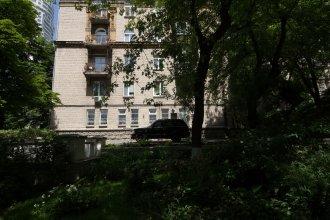 Апартаменты DayFlat по адресу Кловский Спуск 15