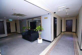 Отель Royal Falcon