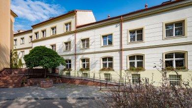 Отель Ostruvek