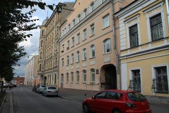 Апартаменты PiterFlat на Черняховского 67