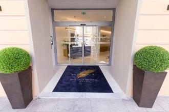Отель Nice Azur Riviera
