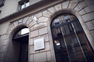 Отель French Theory