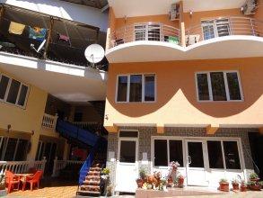 Azaliya Guest House