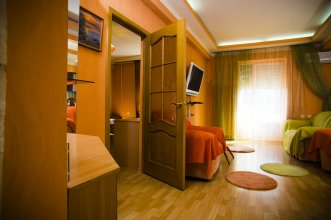 Апартаменты на Текучева