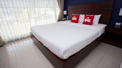 Отель ZEN Rooms Silom Soi 17