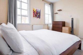 Апартаменты Stylish 2 Bed Sleeps 4