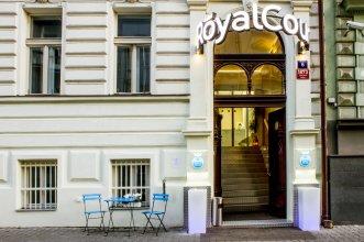 Отель Royal Court