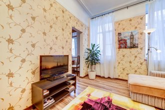 Апартаменты 3-я Советская 10