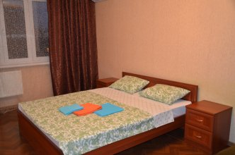 Апартаменты на Академика Лукьяненко 12
