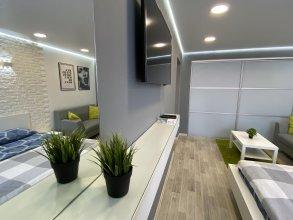 Апартаменты Кривенко 49