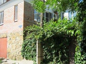 Гостевой Дом 2 Номера и Зелёный Дворик