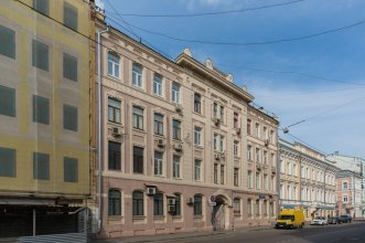5 Na Sadovnicheskoj Hostel