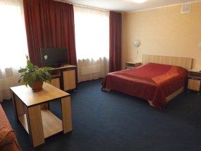 Отель Утес