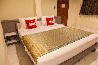 Отель ZEN Rooms Samsen 3