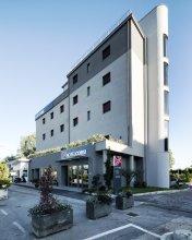 Отель Corsi