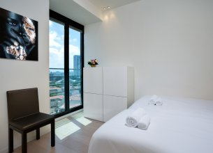 Апартаменты Elegant 3BR in White City by HolyGuest