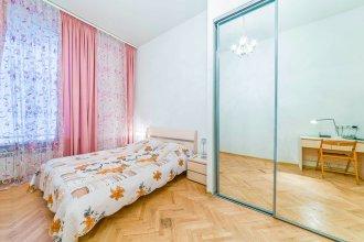 Апартаменты Feelathome на Невском