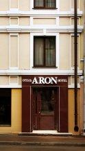 Отель Арон