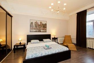 Апартаменты КвартираСвободна - Огромная квартира на реке Яуза