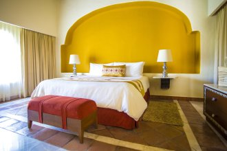 Luxury Suites At Casa Velas