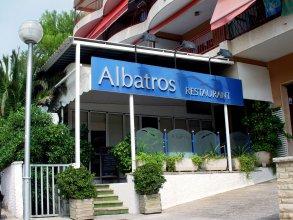 Ohtels Aparthotel Albatros
