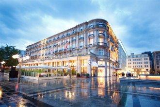 Le Meridien Dom Hotel