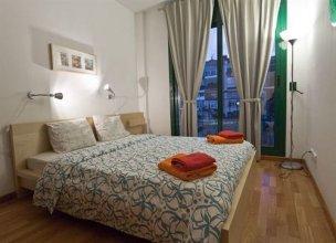 Villaroel Apartments