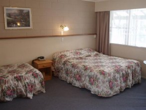 Hansens Cottage Motel